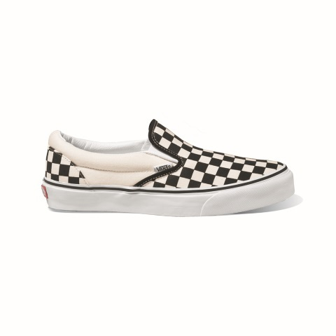 slip on vans pitonate