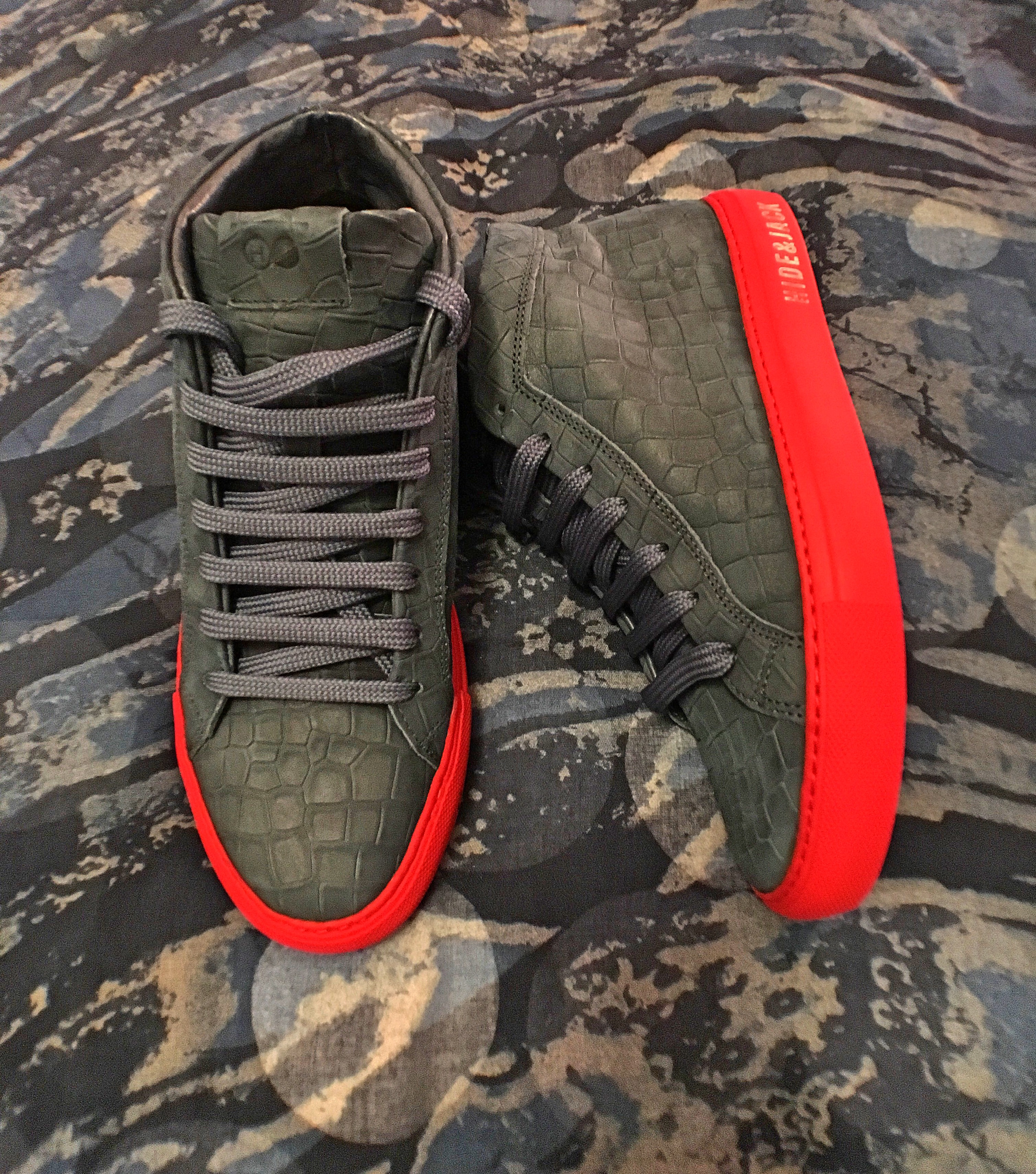 HIGH TOP SNEAKERS BLUE NUBUCK WITH RED SOLE hide&jack (2)